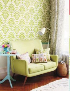 03-patterned-greenery-wallpapers-and-a-seat-for-a-living-room